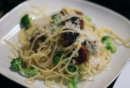 A Taste From Lucca: Lemon and Thyme Meatballs With Simple Pasta