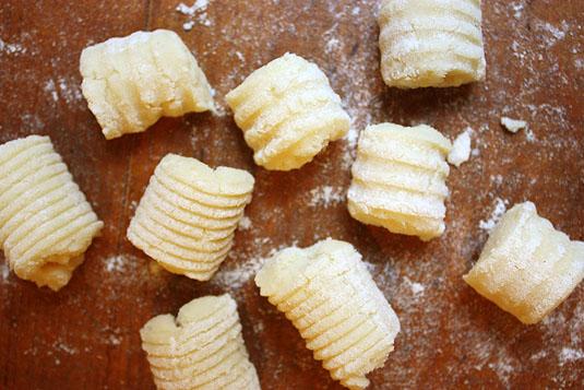 Homemade Gnocchi // FoodNouveau.com