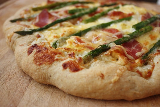 Scrambled Eggs, Asparagus and Pancetta Pizza