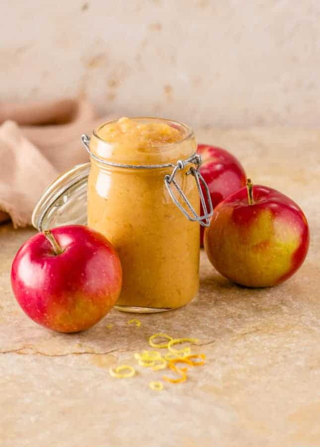 Baked Citrus Applesauce // FoodNouveau.com
