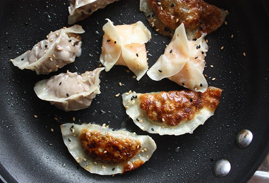 Dumplings cooked with the Fry & Steam (Potsticker) method.