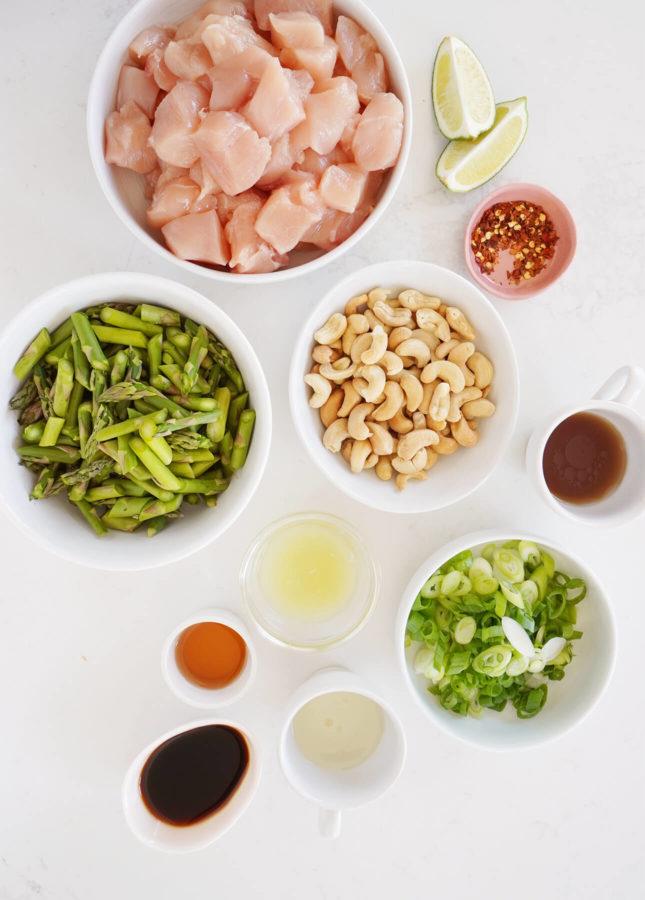 Cashew Chicken Stir-Fry // FoodNouveau.com