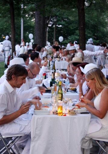 Diner en blanc, August 18th 2011, Montreal