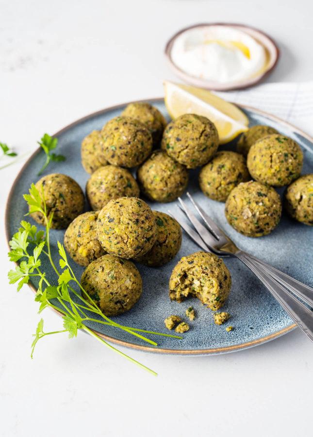 Oven-Baked Pistachio Falafels // FoodNouveau.com