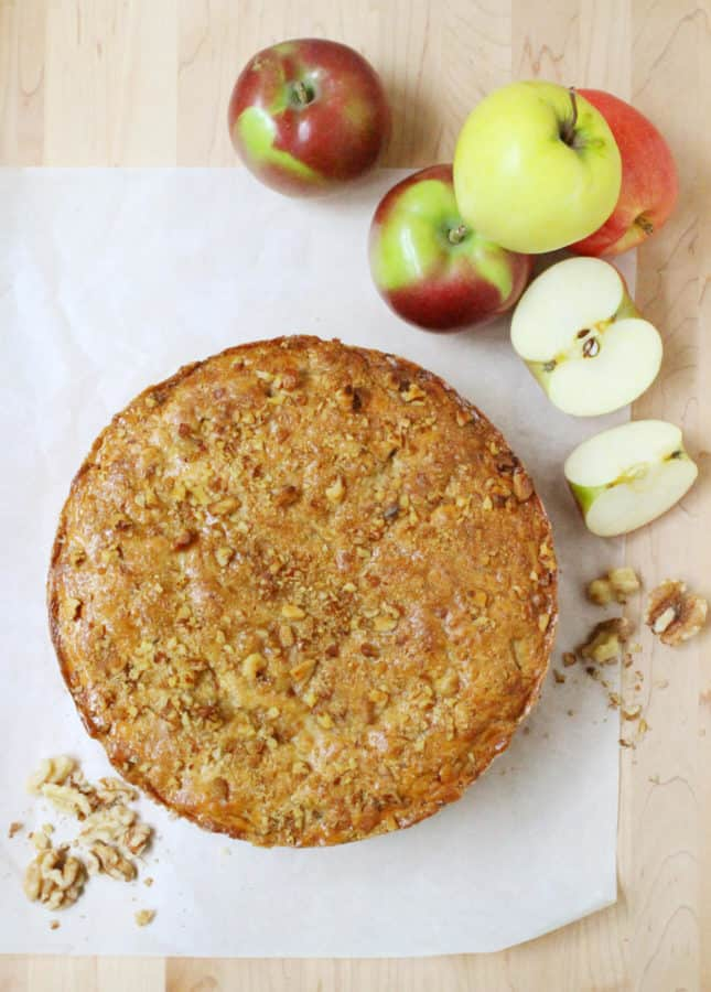 How to Make a Deep-Dish Dutch Apple Pie, Inspired by the Winkel Café in Amsterdam // FoodNouveau.com
