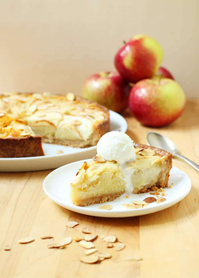 Apple Frangipane Tart // FoodNouveau.com