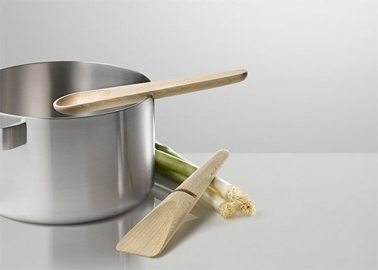 Muuto's Hang Around Cooking Set