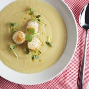 Parsnip, Pear and Maple Soup with Seared Scallops: A velvety smooth and luxurious soup.