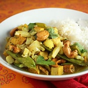 Cauliflower and Cashew Curry: The perfect quick, spicy and satisfying weeknight meal.