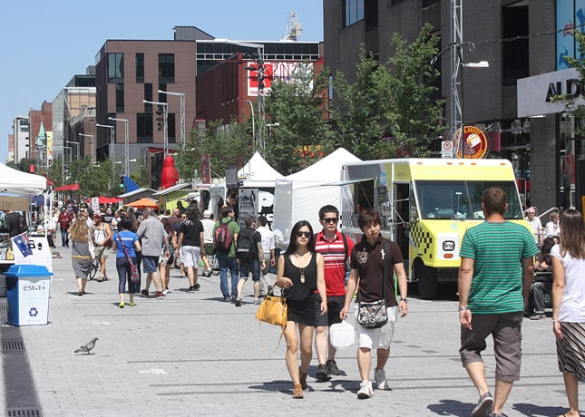 Yes, there is street food in Montreal! / FoodNouveau.com