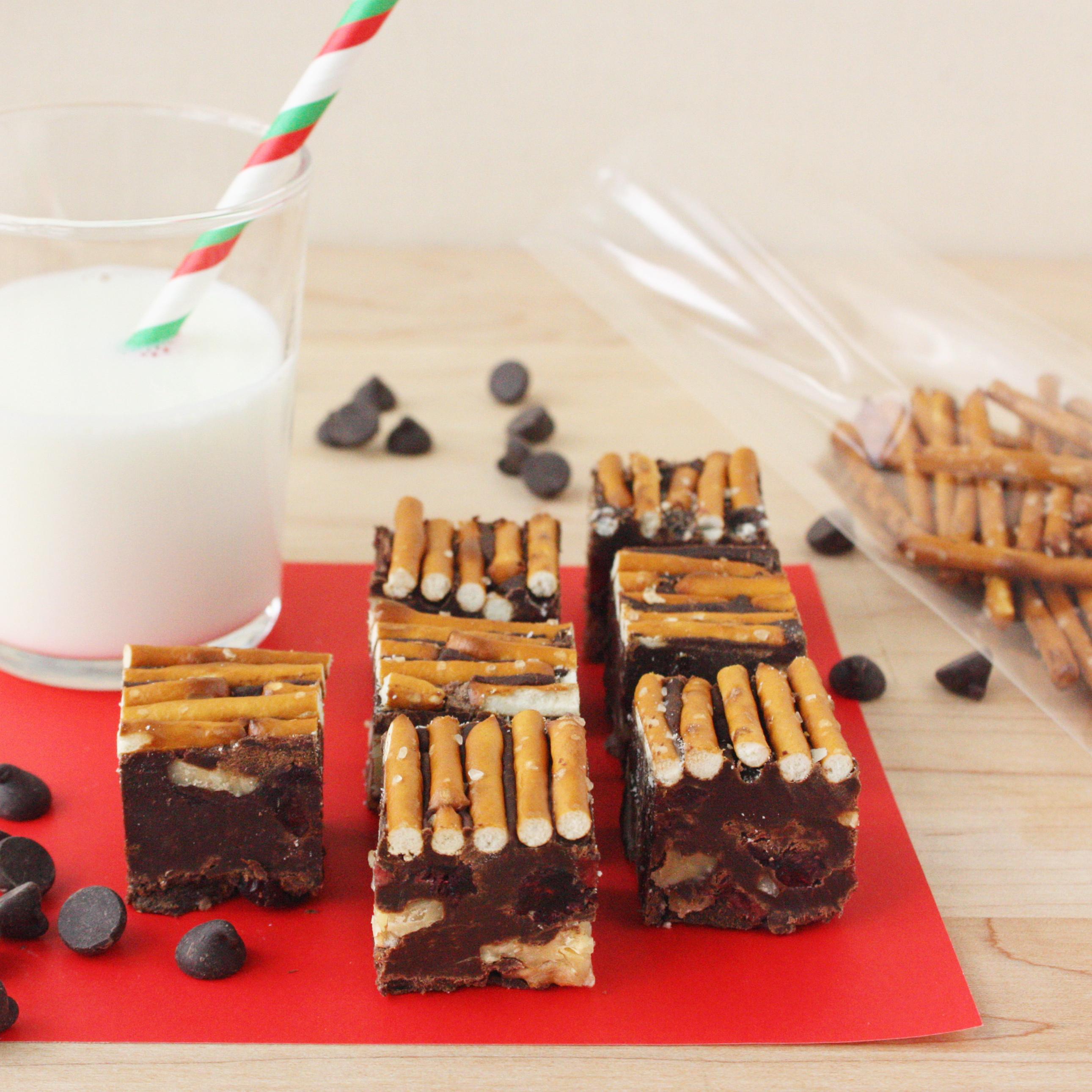 Chocolate Fudge with Walnuts, Cranberries, and Pretzels // FoodNouveau.com