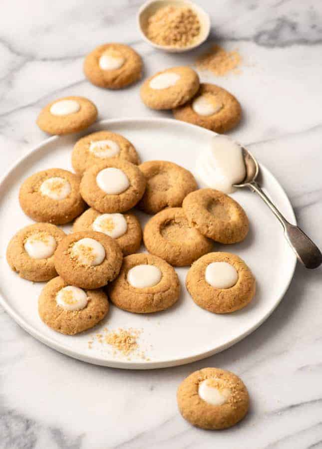 Maple and Pecan Thumbprint Cookies // FoodNouveau.com