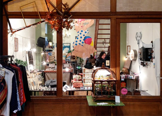 Dear, a jewelry, bags and accessories shop in Le Passage des Grands Cerfs, Paris // FoodNouveau.com