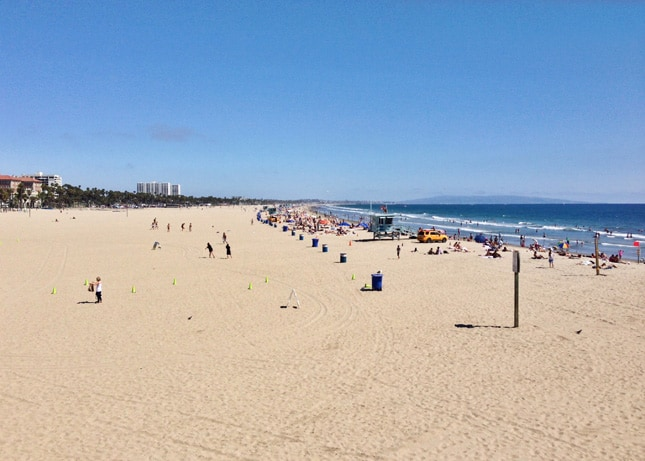 The beach in Santa Monica, California // FoodNouveau.com