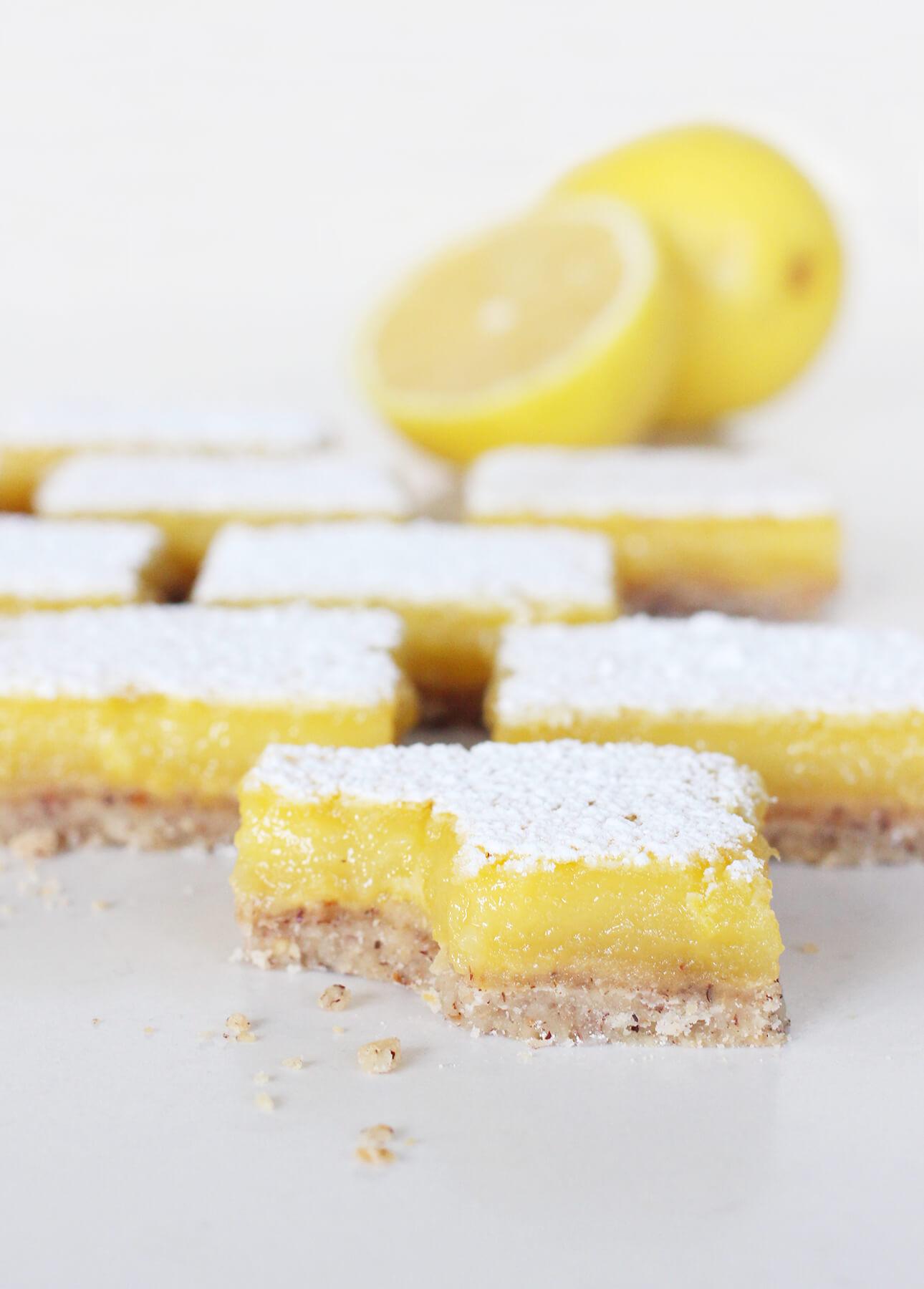 Easy, Dairy-Free Lemon Bars // FoodNouveau.com