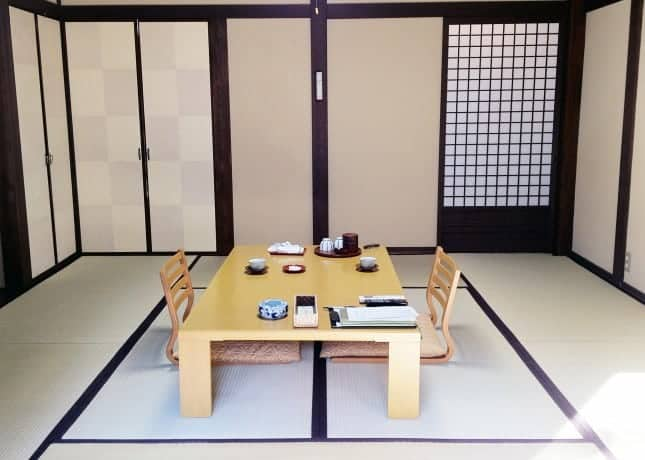 The minimalist guestroom of a ryokan (Japanese inn) // FoodNouveau.com