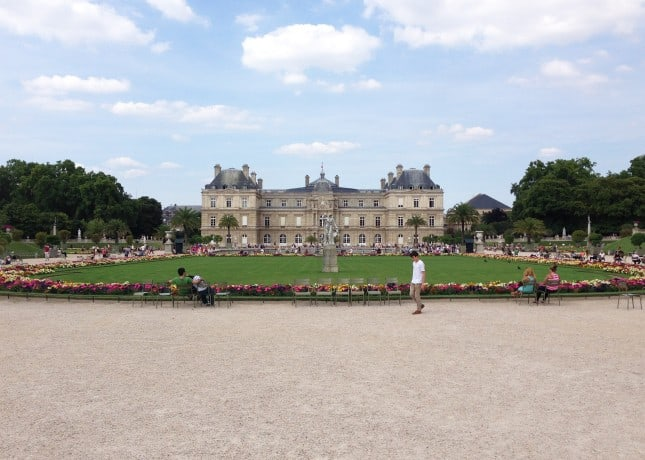 Jardins du Luxembourg, a family-friendly park in Paris // FoodNouveau.com