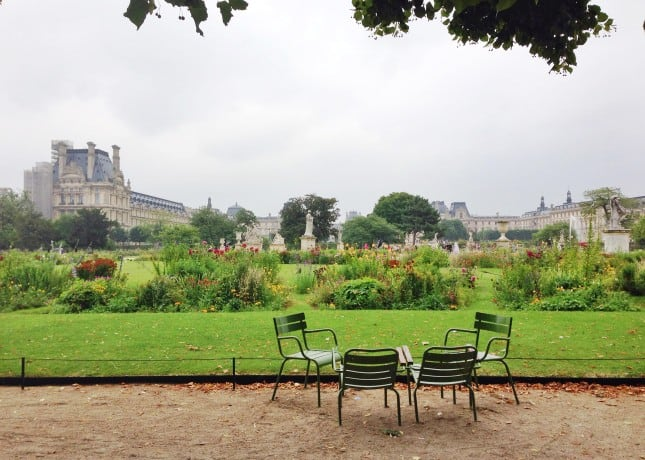 Jardin des Tuileries, a huge, kid-friendly park in Paris // FoodNouveau.com