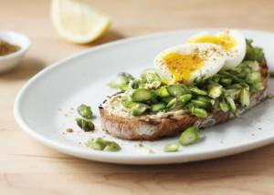 Asparagus and Soft-Boiled Egg Tartine // FoodNouveau.com