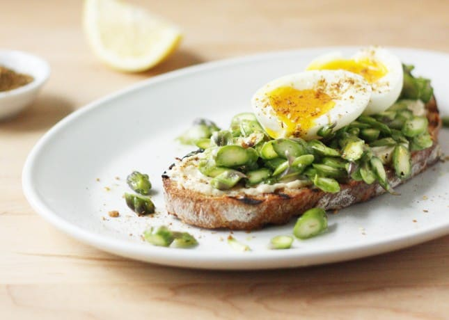 Asparagus and Soft-Boiled Egg Tartine // FoodNouveau.com