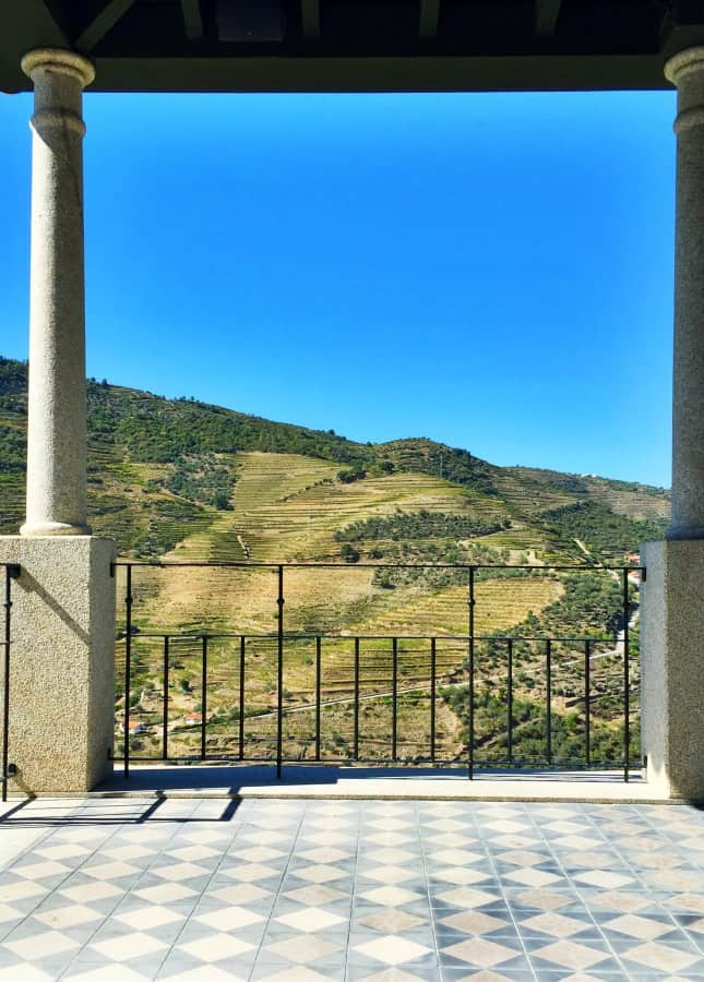 No such thing as a bad view in the Douro Valley, Portugal // FoodNouveau.com