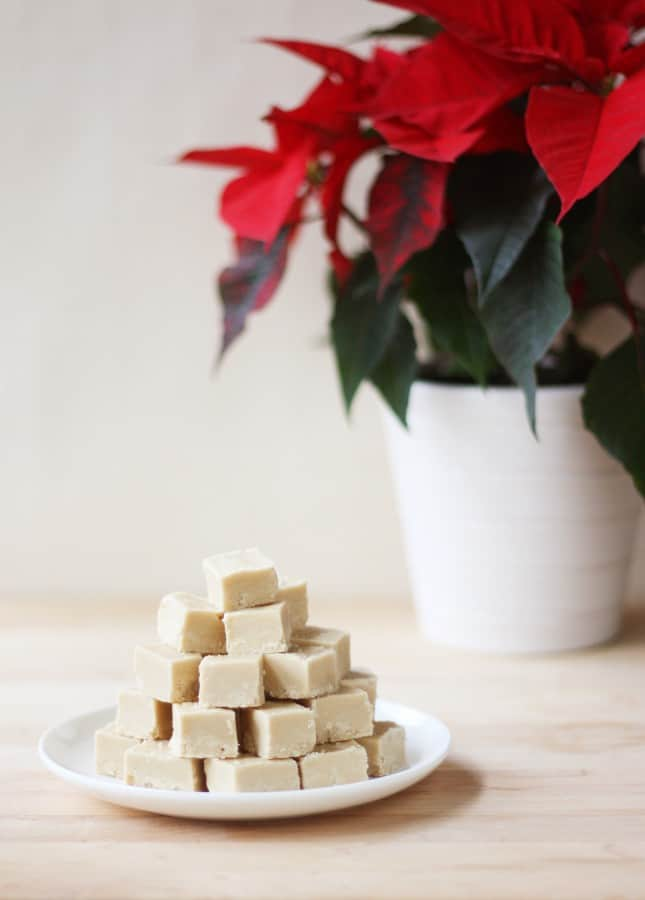 Maple Syrup Fudge // FoodNouveau.com