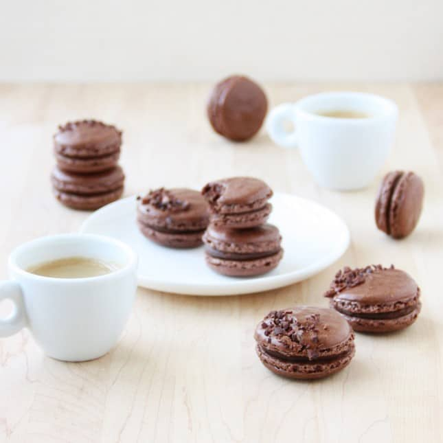 How to Make French Macarons: A Skillshare Class by FoodNouveau.com