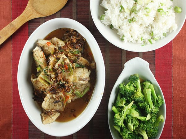Vietnamese Sweet and Spicy Fish with Jasmine Rice and Soy Broccoli // FoodNouveau.com
