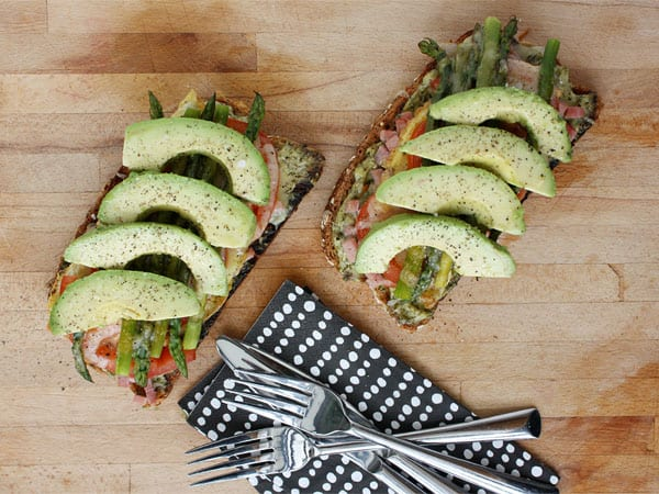 Hearty Ham, Asparagus and Avocado Tartines // FoodNouveau.com