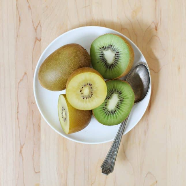 Green and golden kiwifruits // FoodNouveau.com