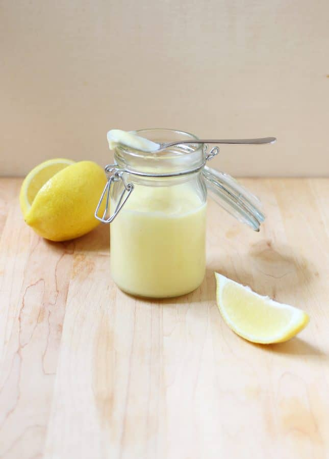 This lighter lemon curd doesn't contain butter--because it doesn't need it. You'll quickly become a fan of this puckery, sweet, and silky condiment. // Lighter Lemon Curd Recipe // FoodNouveau.com