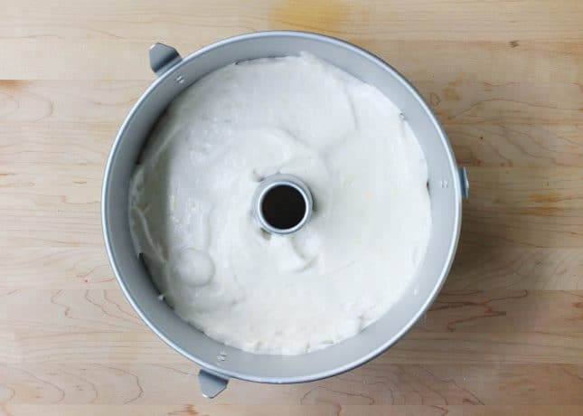 How to Make Angel Food Cake, a detailed recipe with video // FoodNouveau.com