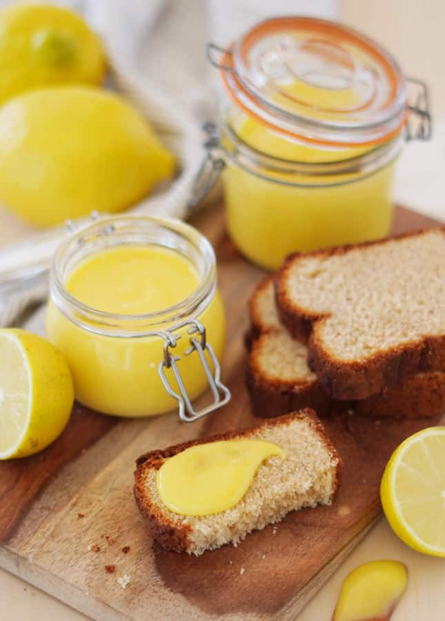No-Butter Lemon Curd // FoodNouveau.com