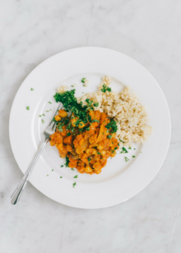 {Cooking with Friends} Pantry Chana Masala with Brown Rice, by Yummy Beet