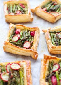 Pesto & Ricotta-filled Asparagus and Radish Tarts, by Simple Bites // FoodNouveau.com