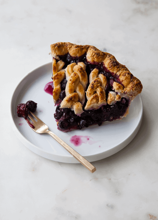 Black and Blueberry Pie, by Style Sweet CA // FoodNouveau.com