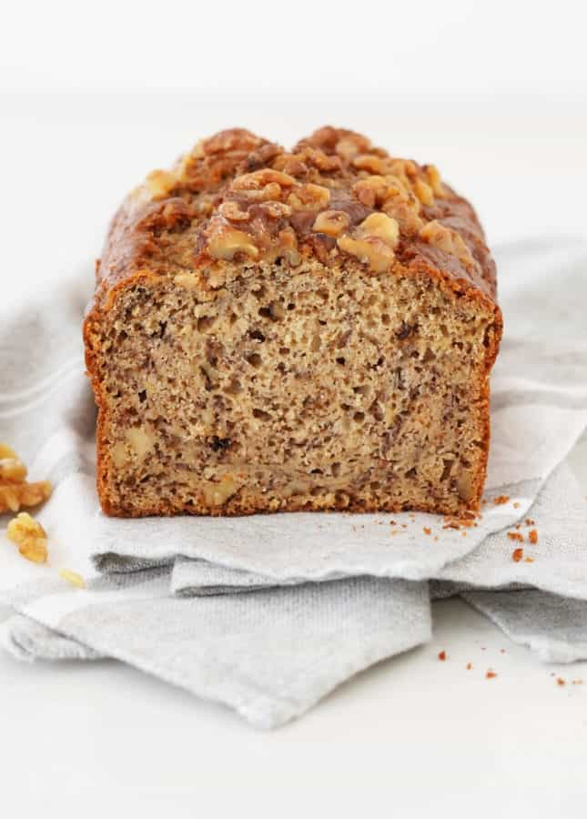How to Make the Perfect Banana Bread // FoodNouveau.com