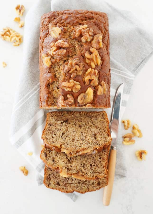 Perfect Banana Bread // FoodNouveau.com