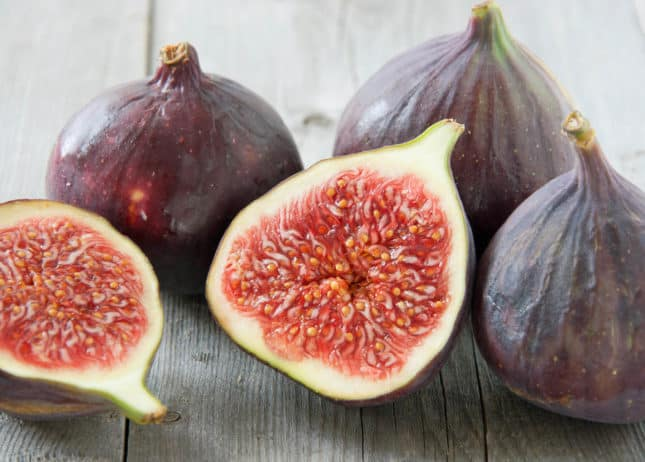 Fresh Figs // FoodNouveau.com