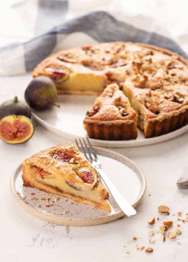 Honeyed Fig Frangipane Tart // FoodNouveau.com