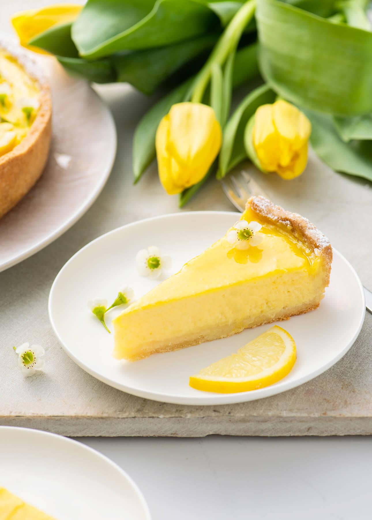 Classic French Lemon Tart // FoodNouveau.com