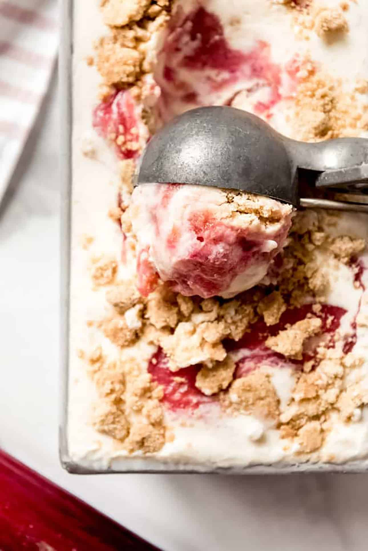 Rhubarb Crumble Ice Cream by House of Nash Eats // 15 Rhubarb Dessert Recipes for Spring